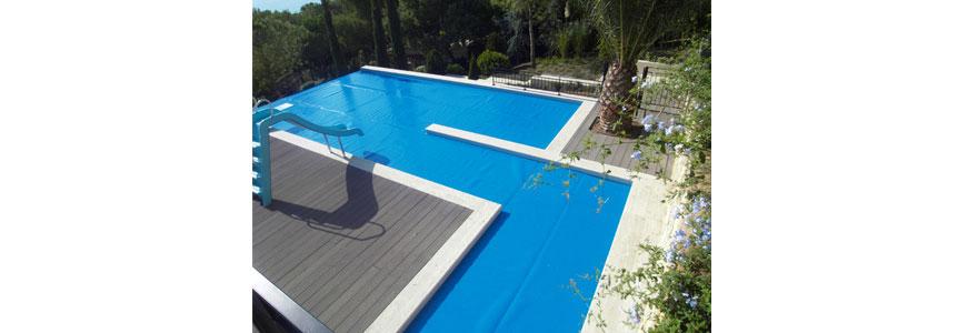 prevención contra lluvias para piscinas